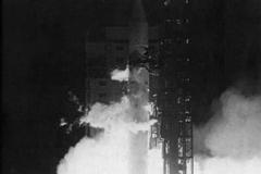 HEAO-1_launch_lg